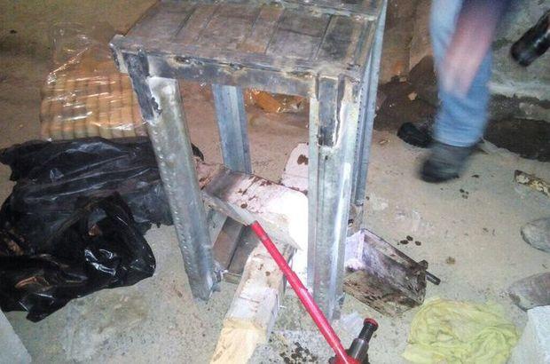 Van'da bir ahırda uyuşturucu ve silah ele geçirildi
