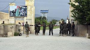 Afgan askeri üssüne saldırı