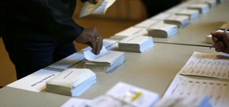 Fransa, cumhurbaşkanlığı seçiminin ilk turu için sandık başında