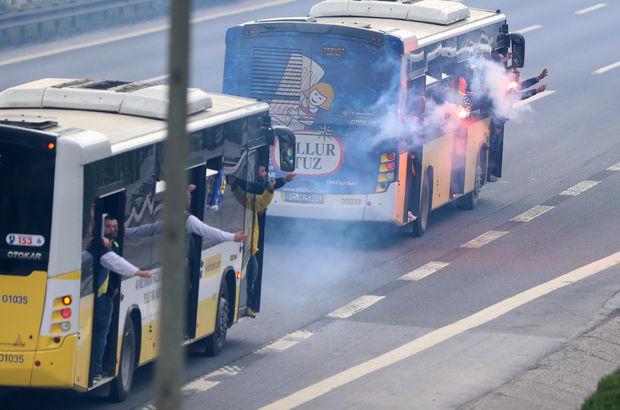 Galatasaraylı ve Fenerbahçeli taraftarlar karşı karşıya geldi