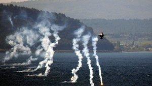 Çanakkale Kara Savaşları'nın 102. yıl dönümünde özel uçuş