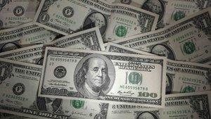 Dolar haftaya sert düşüşle başladı