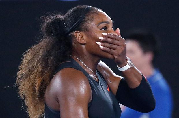 Serena Williams doğacak bebeğini bekliyor
