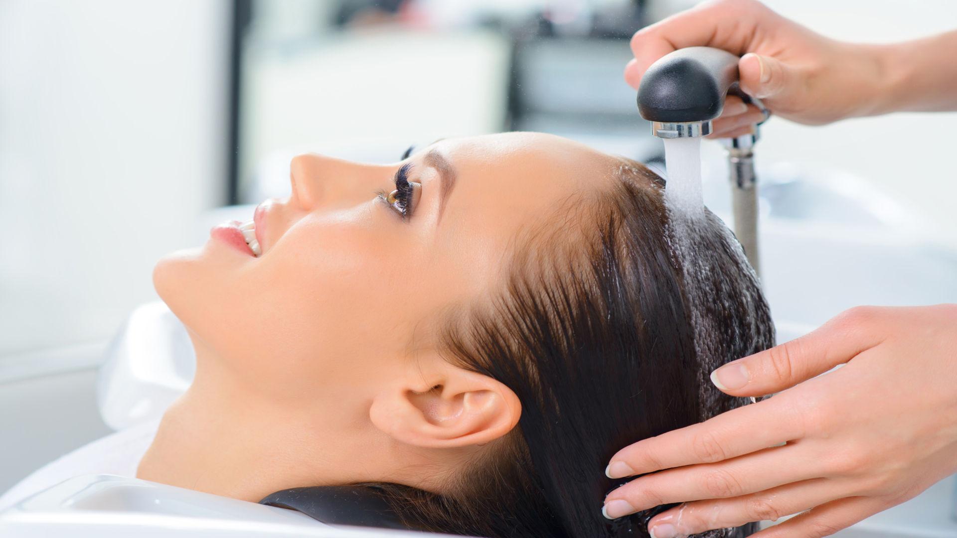 Saç maskeleri: yağlı saçlar için - bu gerçek yardım