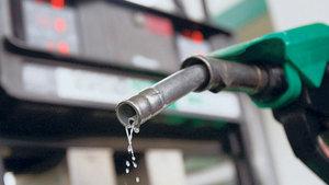 Benzin fiyatlarına 15 kuruş indirim yapılacak