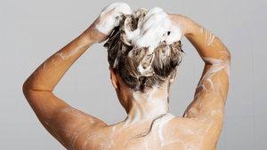Sıcak suyla duş almak yalnızlığa iyi geliyor!