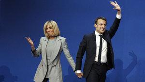 Fransız cumhurbaşkanı adayı Macron ile eşinin sıradışı evliliği