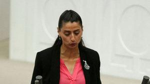 HDP'li Feleknas Uca gözaltına alındı