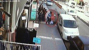 Batman'da kız kardeş, cadde ortasında tartıştığı ablasını bıçakladı