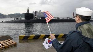 ABD, Güney Kore'ye dünyanın en büyük denizaltılarından birini yolladı