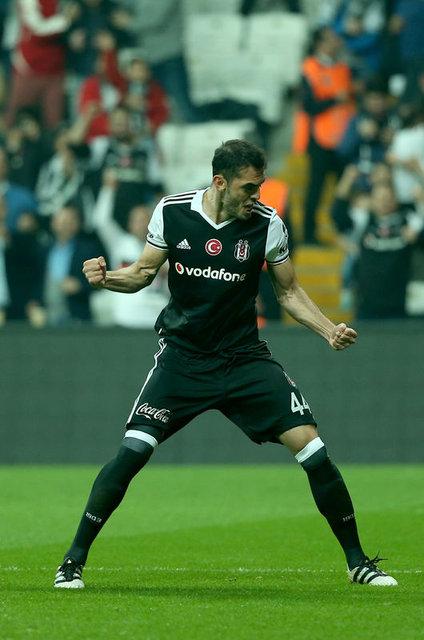Beşiktaş'ta gidecek isimler belli oldu