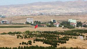 Bakan Mehmet Özhasek'den askeri arazilerle ilgili önemli açıklama