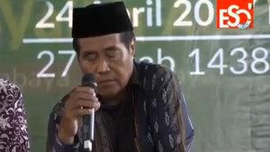 Endonezyalı ünlü hafız canlı yayında hayatını kaybetti