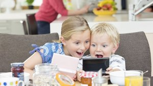 Çocuklar telefon bağımlılığından nasıl kurtulur?