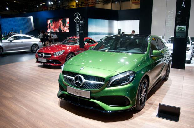 Mercedes, E serisini görücüye çıkardı