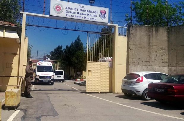 Kocaeli'de kadın cezaevinde yangın
