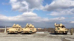 """ABD'den """"Suriye sınırındaki zırhlı Amerikan araçları"""" açıklaması"""