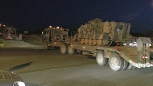 Kilis'ten Şanlıurfa'ya çok sayıda zırhlı araç sevkiyatı yapıldı