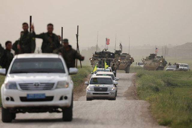 ABD zırhlıları Türkiye sınırından birkaç yüz metre uzakta!