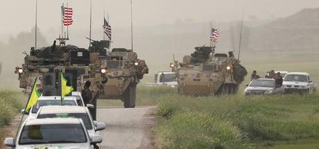 ABD zırhlıları arasında YPG flaması!