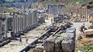 Antik kent Perge'de turist sayısında büyük düşüş