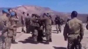 Kahraman askerler mehter marşı ile karşılandı