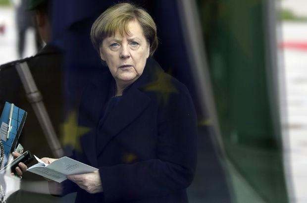 Merkel'den Almanya'daki Türklerle ilgili önemli mesaj!