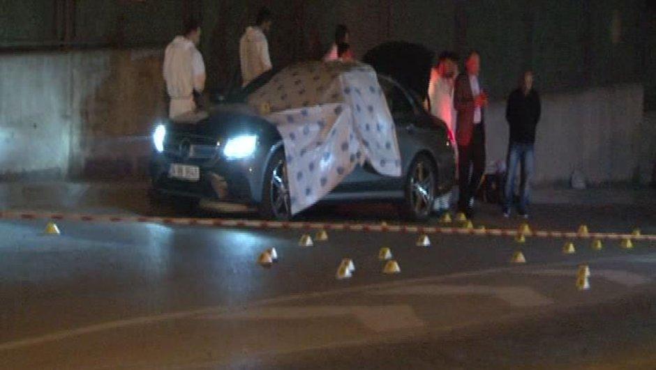 İstanbulda dehşet! Lüks aracın önünü kesip taradılar