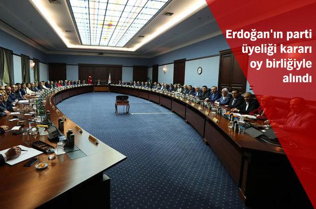AK Parti MKYK'da olağanüstü kongre ve Erdoğan'ın üyeliği kararı