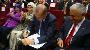 İşte tarihi an! Erdoğan resmen AK Partili
