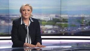Le Pen'den iki medya kuruluşuna yasak!
