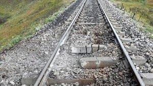 Bingöl'de tren yoluna EYP'li saldırı