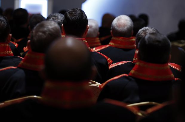 Adil Öksüz'ü serbest bırakan hakim dahil, 107 hakim ve savcıya ihraç!