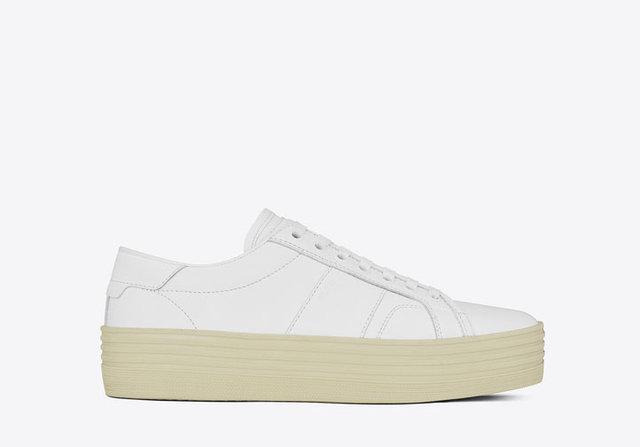 Tüm sezonu kurtaracak beyaz spor ayakkabı modelleri