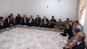 Bakan Soylu'dan Silopi'de hayatını kaybeden 2 kardeşin ailesine ziyaret