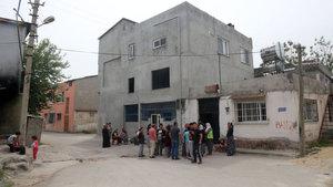 Mersin'de kanalizasyondaki fabrika atıkları Suriyeli 2 kardeşi zehirledi