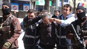 Kars'ta bir kişi beşiğinde uyuyan bebeği sopayla öldürdü