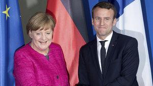 Emmanuel Macron ile Angela Merkel  görüştü
