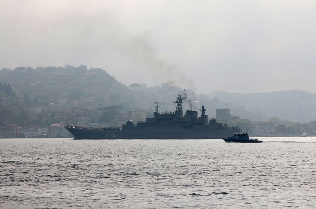 İstanbul Boğazı'nda Rus gemilerine füzeli saldırı alarmı