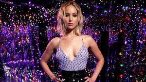 Jennifer Lawrence, striptiz kulübünde direk dansı yaptı