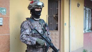 İstanbul'da DEAŞ hücrelerine operasyon: 17 gözaltı