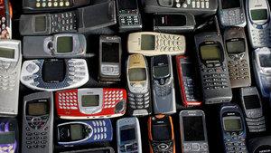 Eski Nokia telefonlar seks oyuncağı olarak kullanılıyor