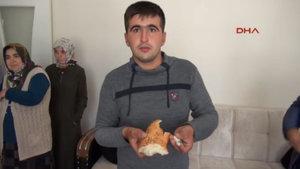 Sivas'ta ekmekten cıvata çıktı