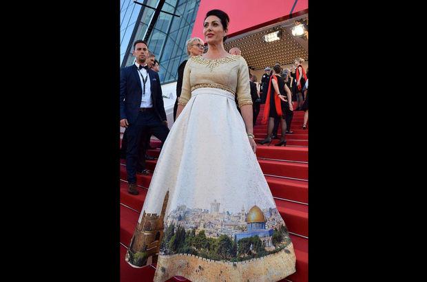 İsrailli bakanın tepki çeken Kudüs elbisesi!