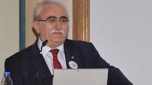 """Prof. Dr. Bingür Sönmez: """"Diyet yapan hicaz makamı dinlesin"""""""
