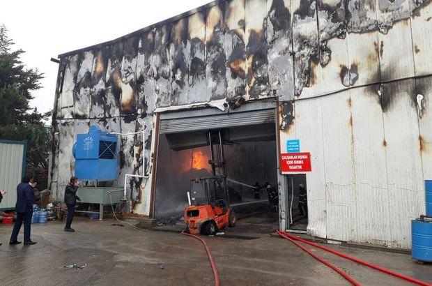 Kocaeli'de hurda geri dönüşüm tesisinde yangın
