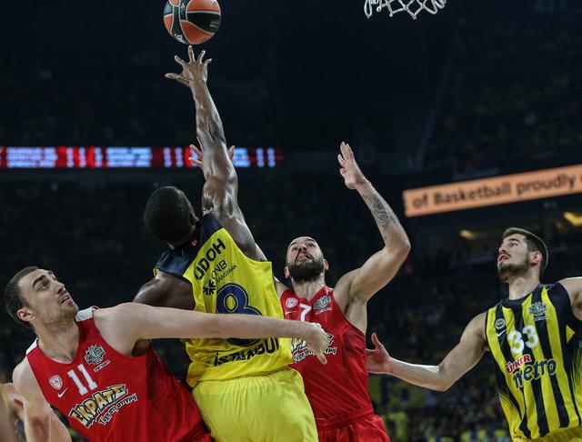 Fenerbahçeli basketbolcular tarihi zaferi böyle değerlendirdi