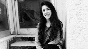 Eskişehir'de fotoğraf çektirirken akıma kapılan genç kız öldü