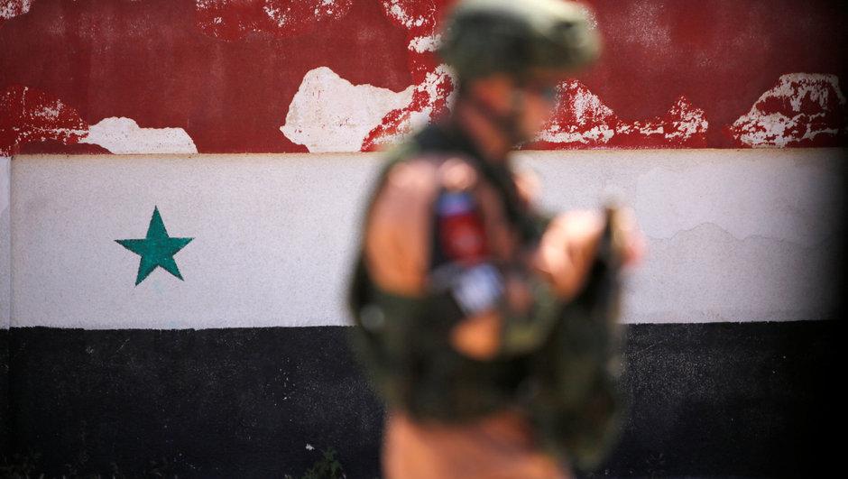 Suriye'de bir kent daha Esed'in kontrolüne geçti!
