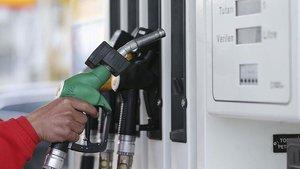 Benzine 8 kuruş zam yapılacak